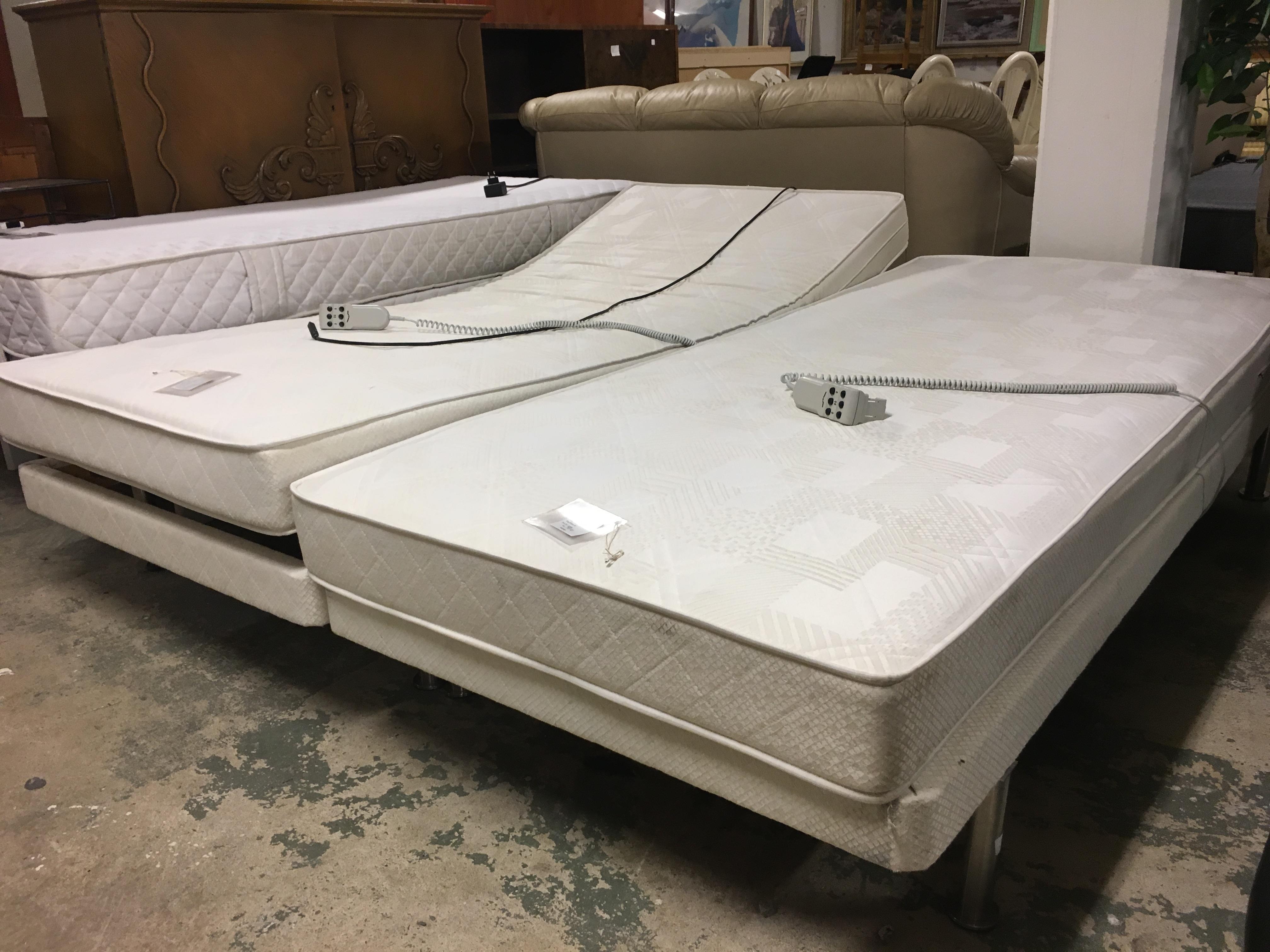 Sänggavlar Kungsängen : Begagnade möbler två kronor