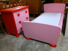 Barnsäng + madrass
