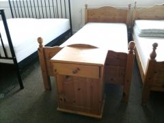 Sängram + sängbord