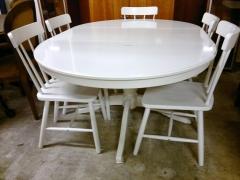 Köksbord + 5st stolar