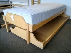 Sängram + undersäng