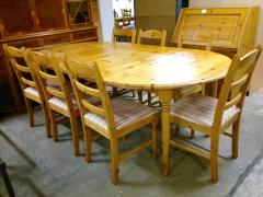 Matbord + 7st stolar
