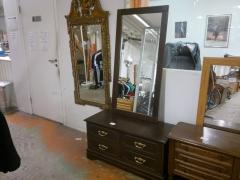Byrå + spegel