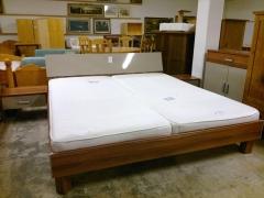 Sängram + 2st sängbord